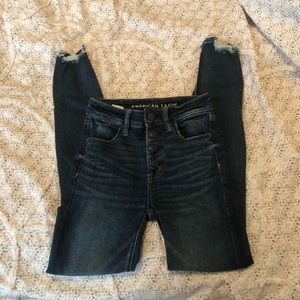 AE High wasted crop jeans